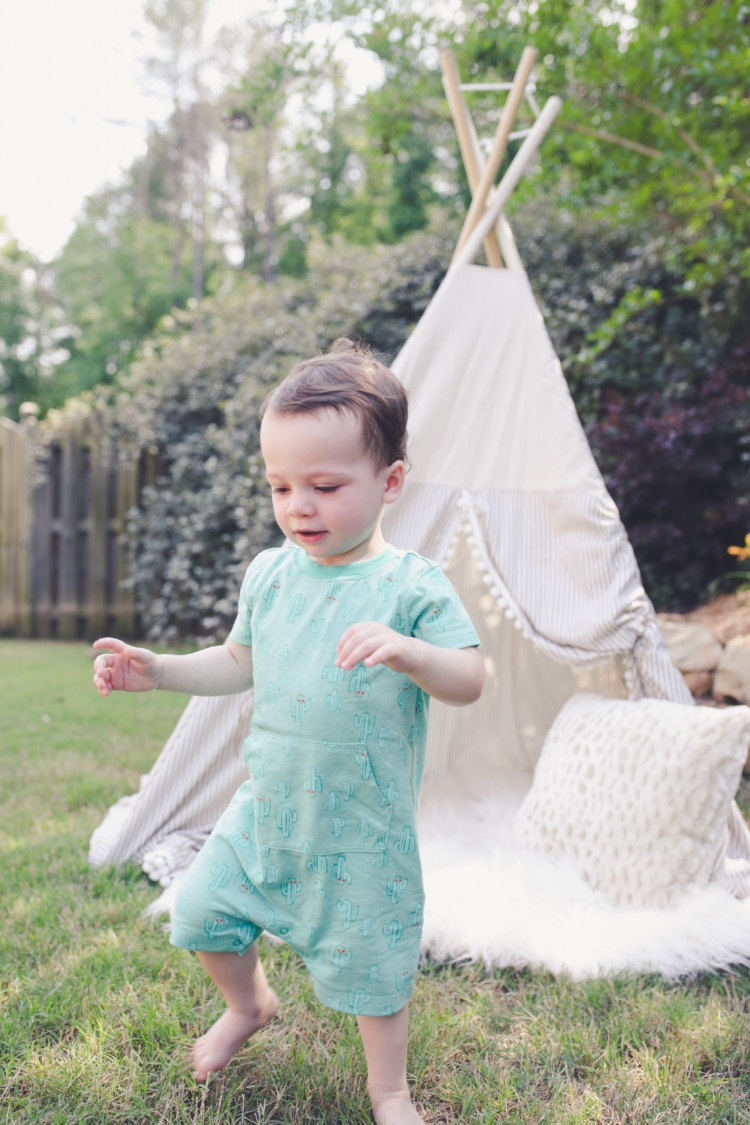 Teepee Gift for toddler boy // Green Jumpsuit for little boy // Littles Style: Mom and Baby Fashion // Style tips from Heather Brown of MyLifeWellLoved.com // Picky Eater