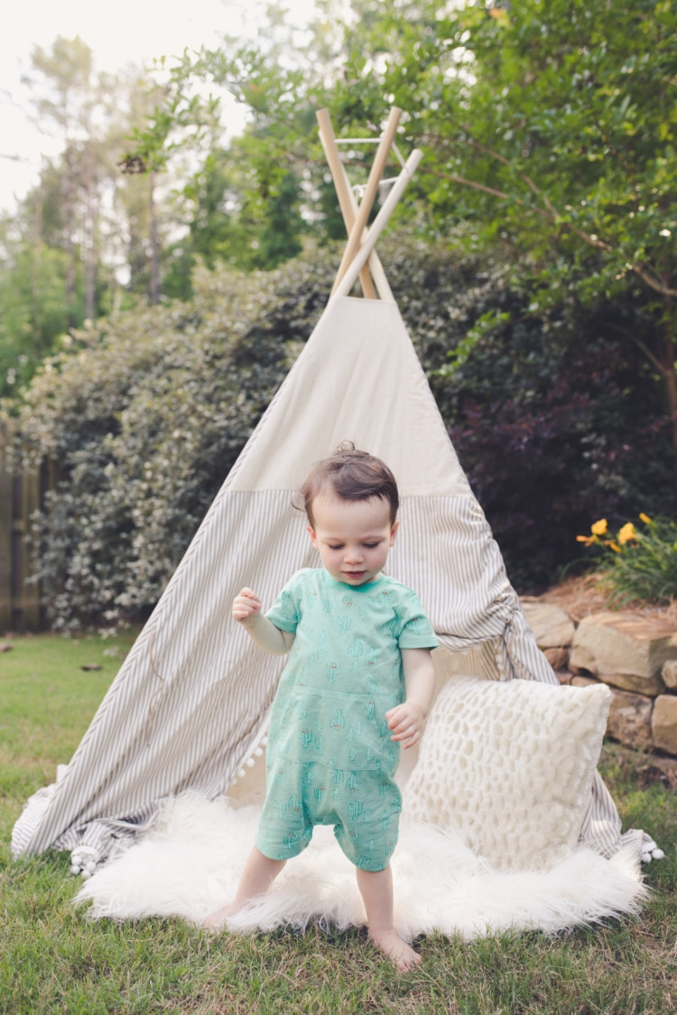 Teepee for little boy with blue and white stripes and pom poms // gymboree