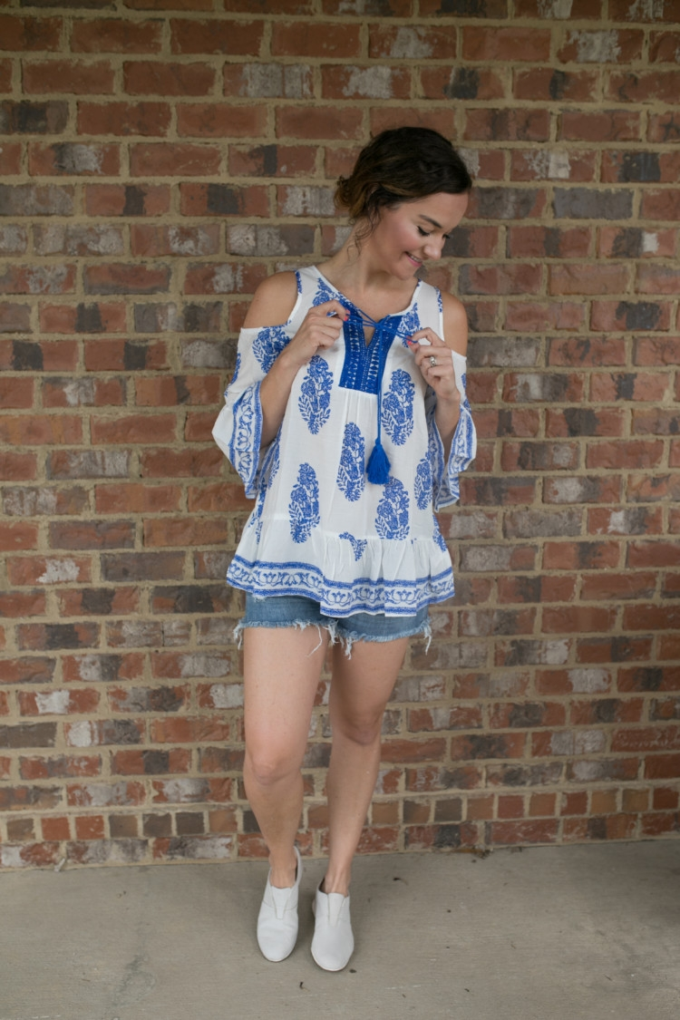 Natural Remedies for Allergy Relief from Heather of MyLifeWellLoved.com // Blue and White Floral Cold SHoulder Top and denim shorts // mom style