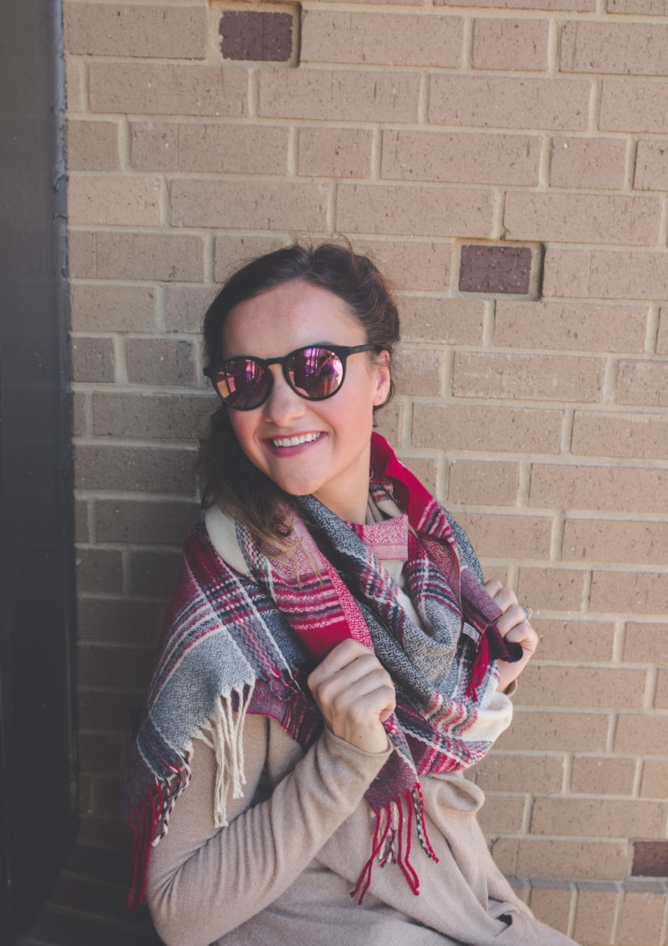 Best Deals of the Nordstrom Sale 2017 // plaid scarf // diff sunnies