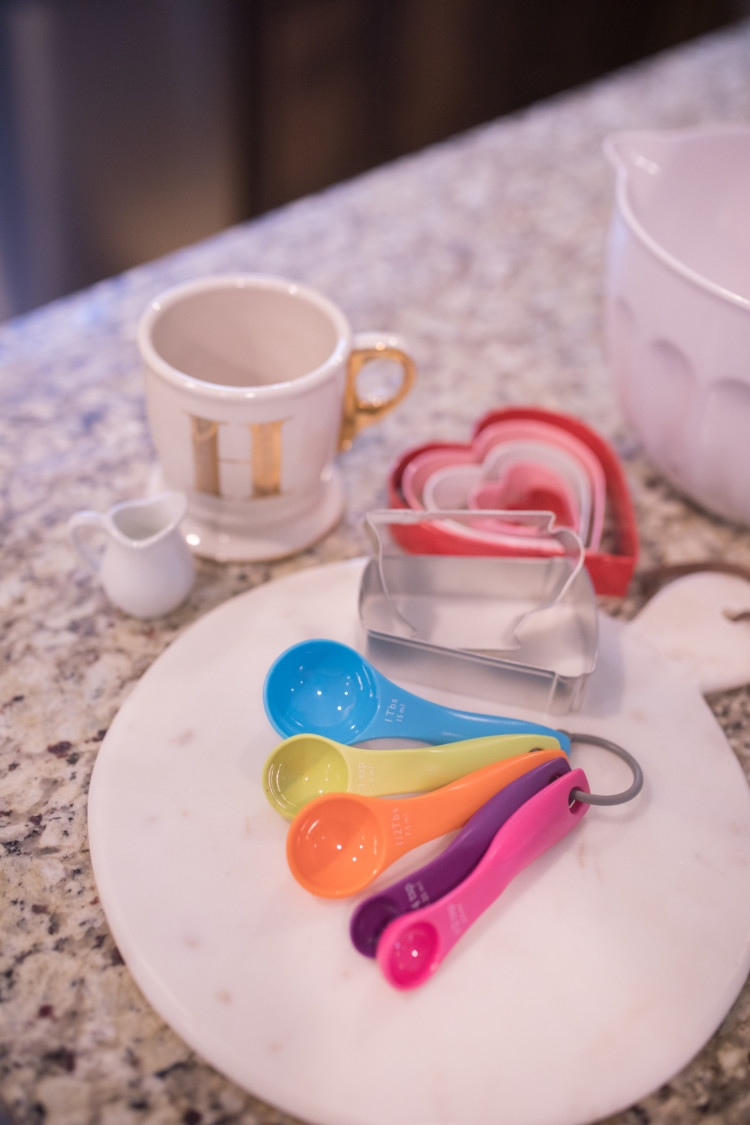 Favorite Kitchen Gadgets from Heather Brown of MyLifeWellLoved.com // Kitchen Tools every kitchen should have
