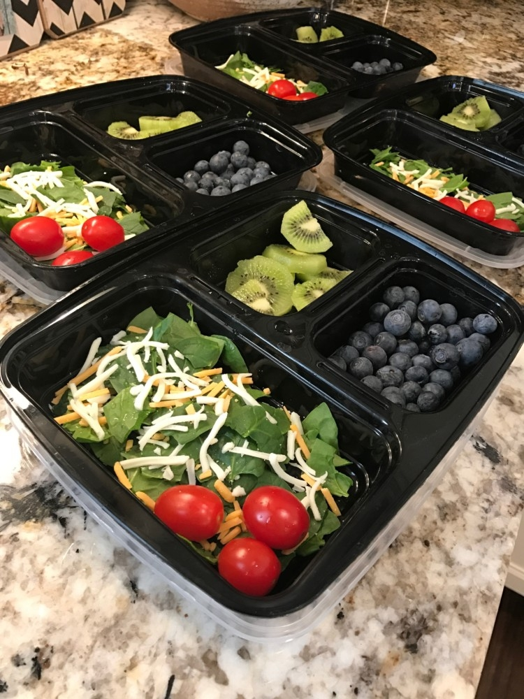 Packable Lunch Containers and Meal Prep Tips and meal planning ideas with lunches on the go from Heather Brown of MyLifeWellLoved.com