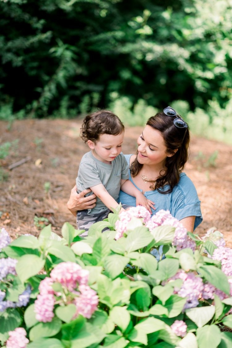 The Best Bump-Friendly Amazon Finds featured Alabama blogger My Life Well Loved #maternity #pregnancy