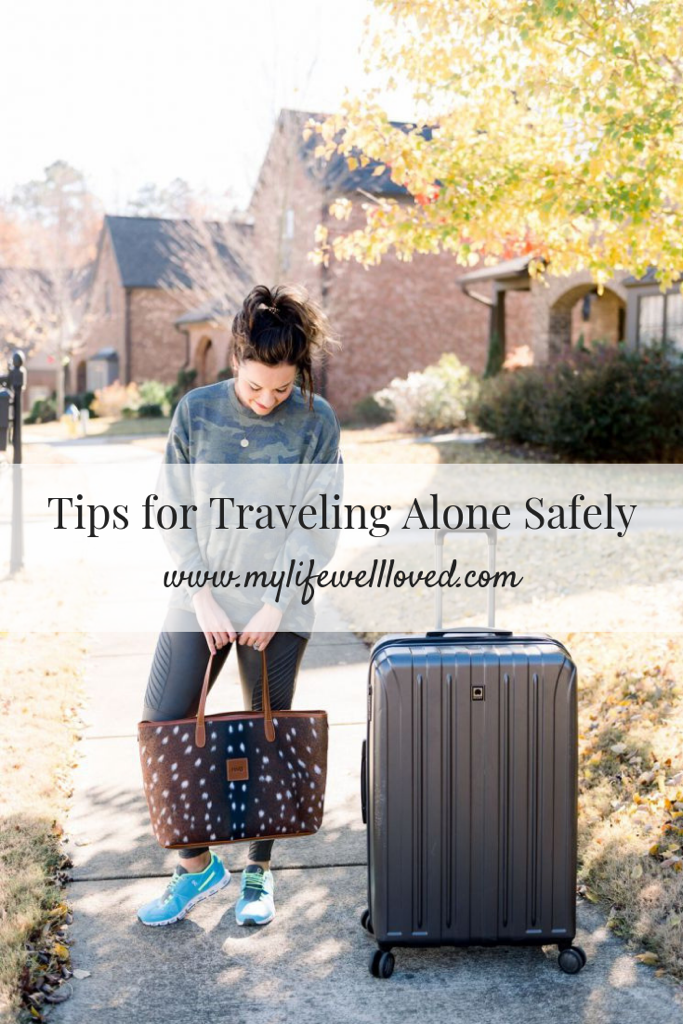 5 tips for traveling alone safely for business by Birmingham lifestyle blogger My Life Well Loved // #businesstrip #safetravel #flyingalone #pumpingwhiletraveling