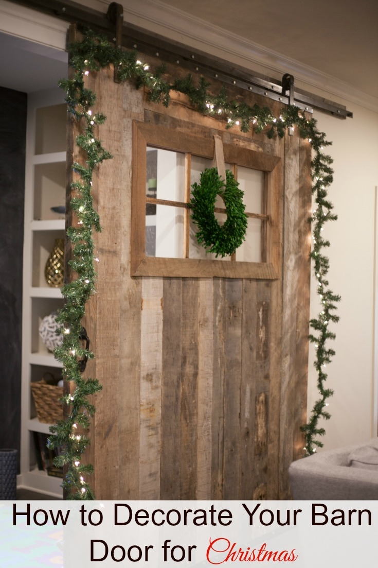 Barn door decor for christmas for Decor to your door