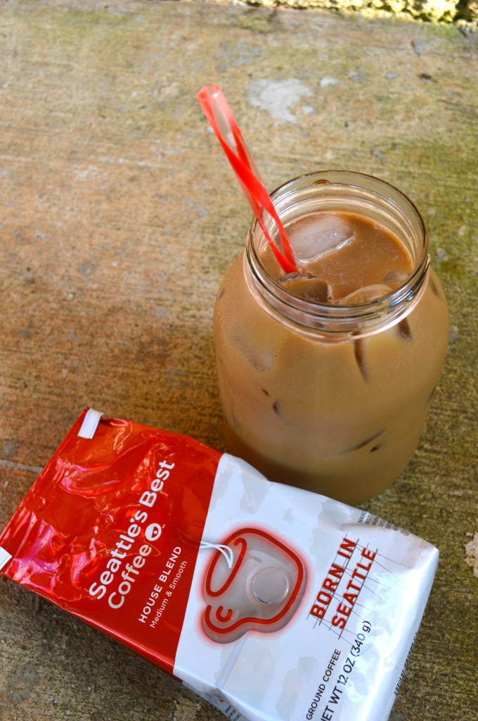 Easy Overnight Iced Vanilla Coffee