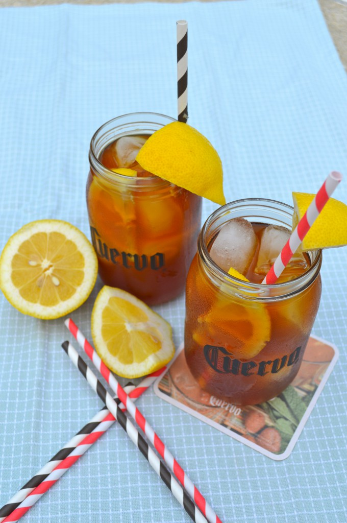 Summery Iced Teagarita drink is just a simple pour and serve drink. Great for pool or lake