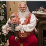 5 Ways to Get Awesome Santa Photos + Insider Tips at The Summit