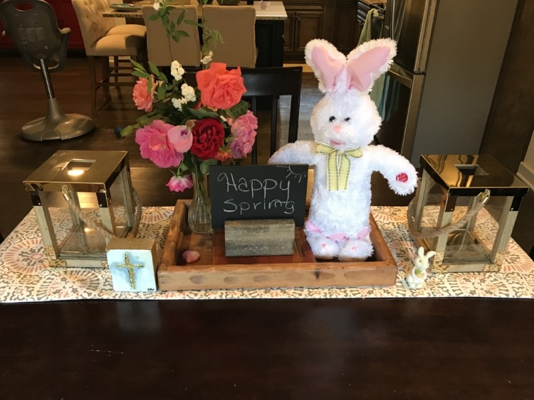 Easter Decor // Easter tablescape