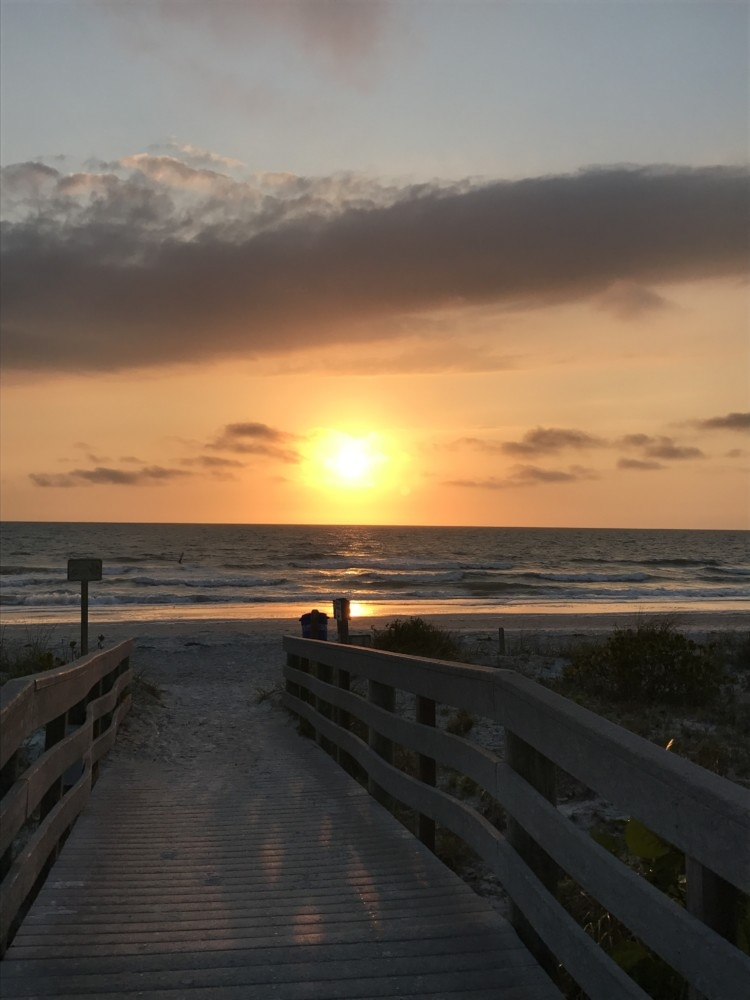 Indian Rocks Florida Family Travel Guide by AL blogger My Life Well Loved // Indian Rocks Beach Restaurants and places to stay from Heather of MyLifeWellLoved.com // sunset