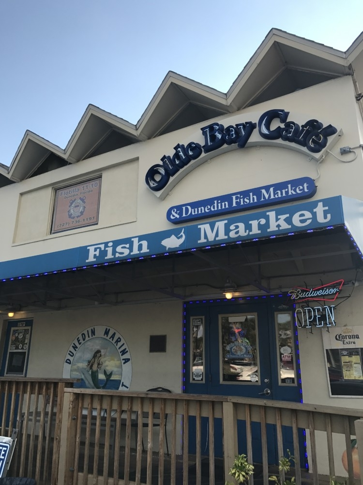 Indian Rocks Florida Family Travel Guide by AL blogger My Life Well Loved // Indian Rocks Florida Olde Bay Cafe Fish Market // from Heather of MyLifeWellLoved.com