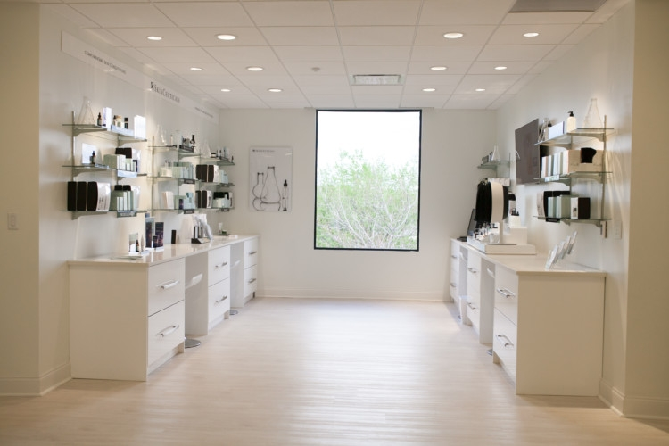 SkinCeuticals Triple Lipid Restorative Facial Review and Experience from Heather Brown of MyLifeWellLoved.com // Mom facial