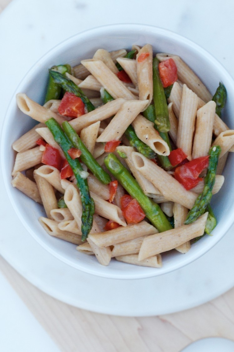 Clean Eating 15 Minute Asparagus Pasta from Heather Brown of MyLifeWellLoved.com // Healthy Dinner Recipe // Meatless Main Meal Recipe
