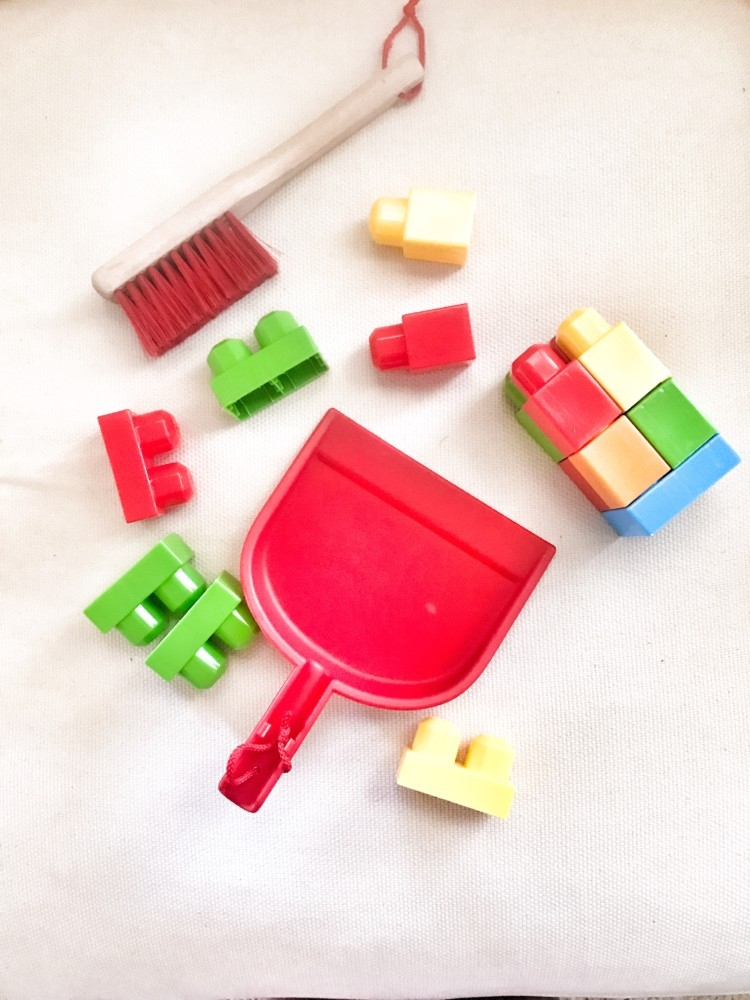 Age Appropriate Toddler Chores // Kid Chores // Cleaning with kids from Heather of MyLifeWellLoved.com