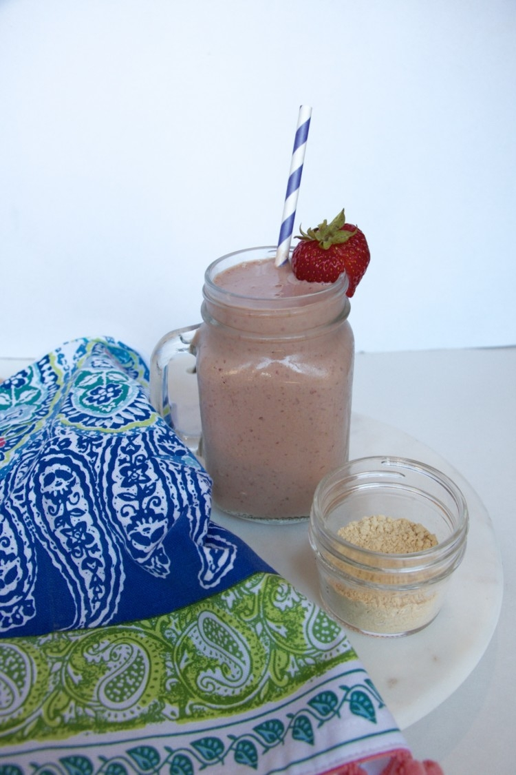 Chocolate Milk Recovery Smoothie // a2 milk for my toddler // WOrkout recovery smoothie from Heather Brown of MyLifeWellLoved.com