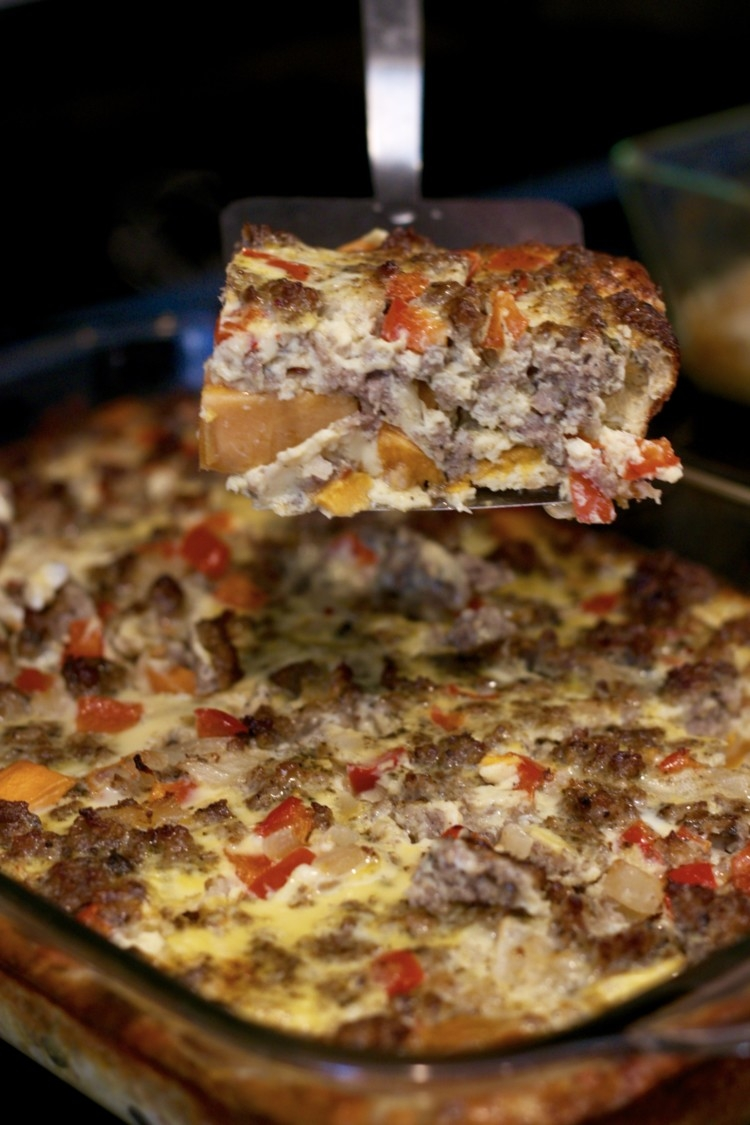 Easy Whole30 Meals // whole 30 breakfast casserole from alabama blogger Heather of MyLifeWellLoved.com - Easy Whole30 Meals: Yummy Whole30 Breakfast Casserole by popular Alabama fitness blogger My Life Well Loved