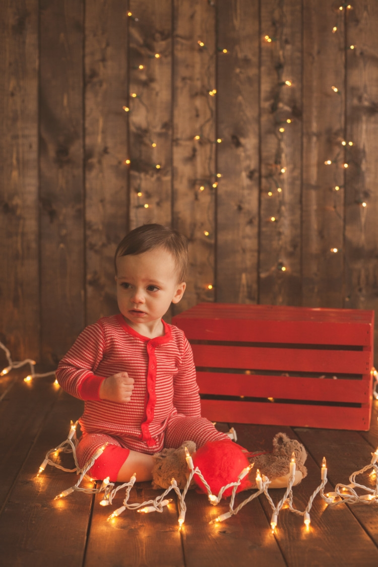 Memories to make for your baby's first Christmas    Pictures to take with your baby at Christmas from Heather Brown of My Life Well Loved    Photos to take of your toddler at Christmas with Leyton - 10 Baby Christmas Pictures to Take featured by popular Birmingham lifestyle blog, My Life Well Loved
