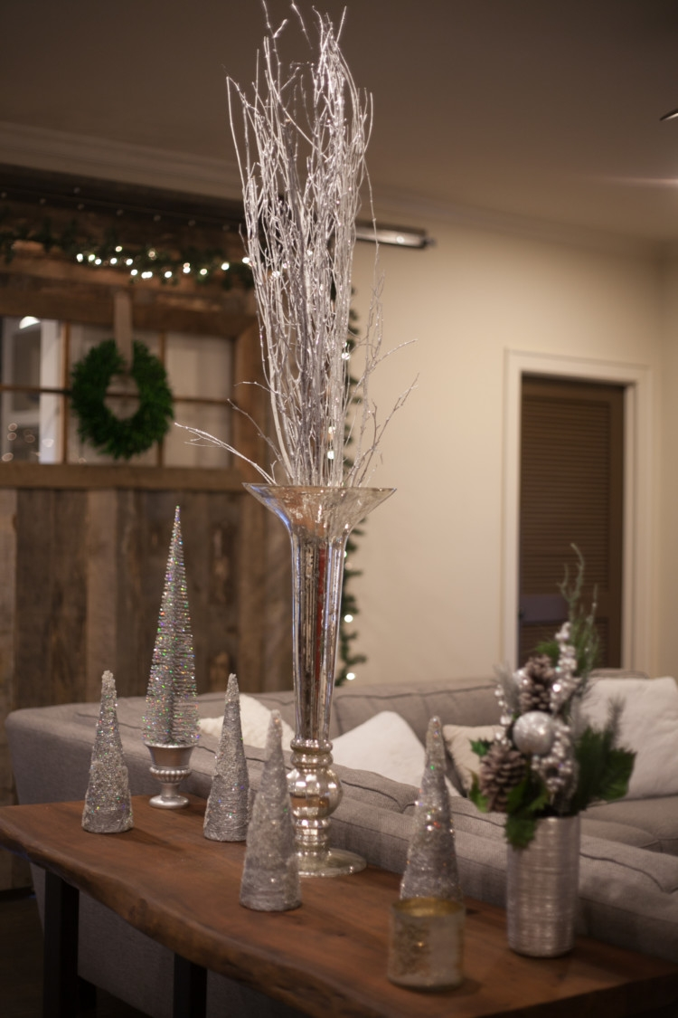 How To Decorate A Barn Door For Christmas | Silver And White Christmas Decor  | Holiday