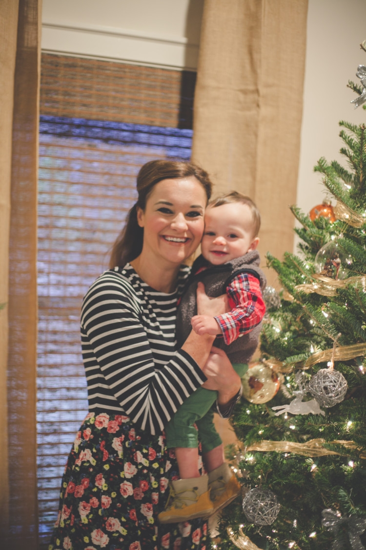 Ultimate Guide to Silver and White Christmas Decor from Heather Brown of My Life Well Loved || Silver and White Holiday Decorations || Holiday DIY STYLE | Mom and Baby Christmas Tree Picture