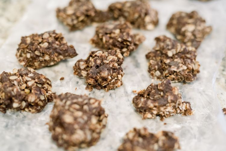 The best foods to increase milk supply + a lactation cookie recipe by mommy life + style blogger, Heather Brown, at My Life Well Loved // #breastfeeding #nursing #milksupply #lactationcookies #recipe