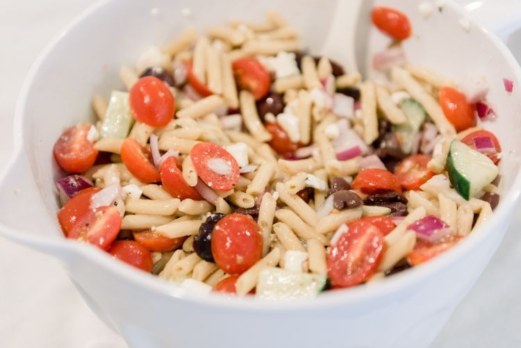 Easy Greek Pasta Salad Recipe - Healthy & Kid Friendly - by Heather at MyLifeWellLoved.com // #healthyrecipe #pastasalad #easymeal