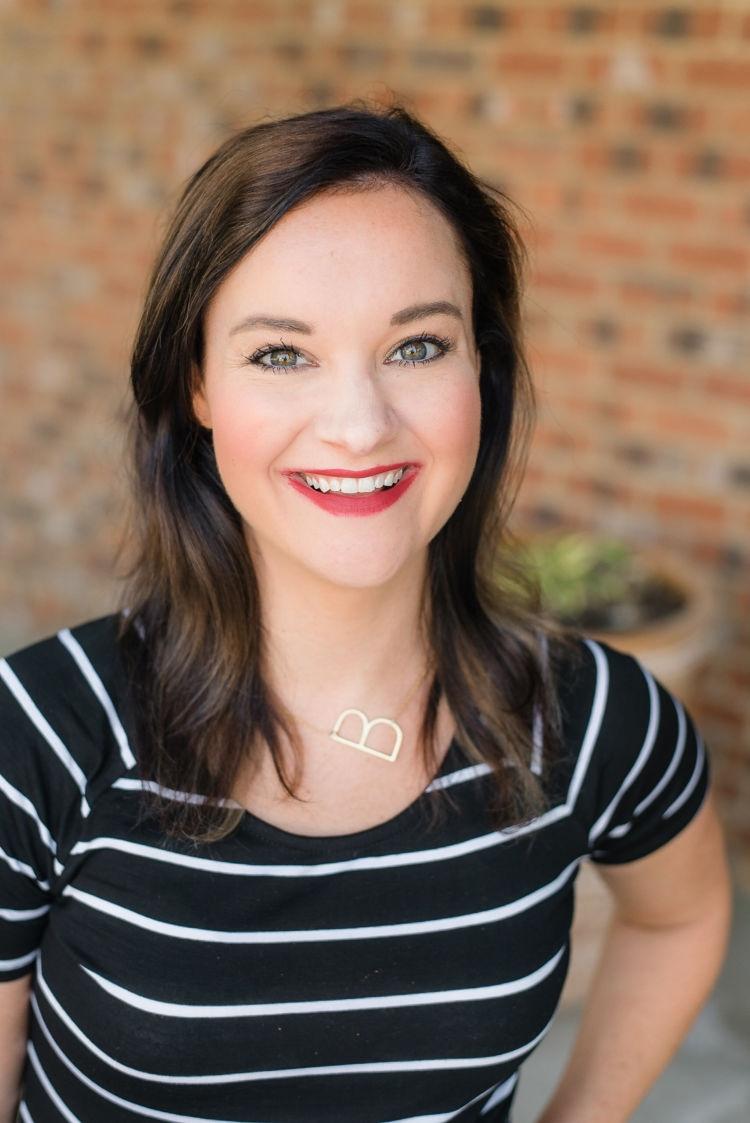 Sweatproof Makeup Tutorial Video by Heather Brown, Birmingham Life + Style Blogger // #beauty #makeup #tutorial