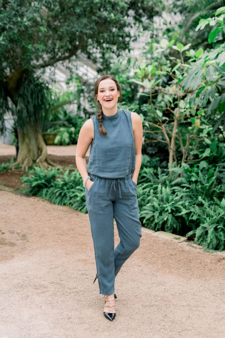 Blogger, Heather Brown at My Life Well Loved shares her tips on how to wear a jumpsuit this Spring // #springfashion #jumpsuits #howtowearajumpsuit #spring2019trends