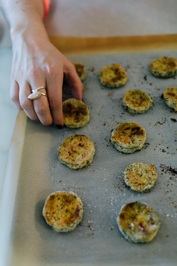 Healthy Appetizers: Paleo Zucchini Chips Recipe
