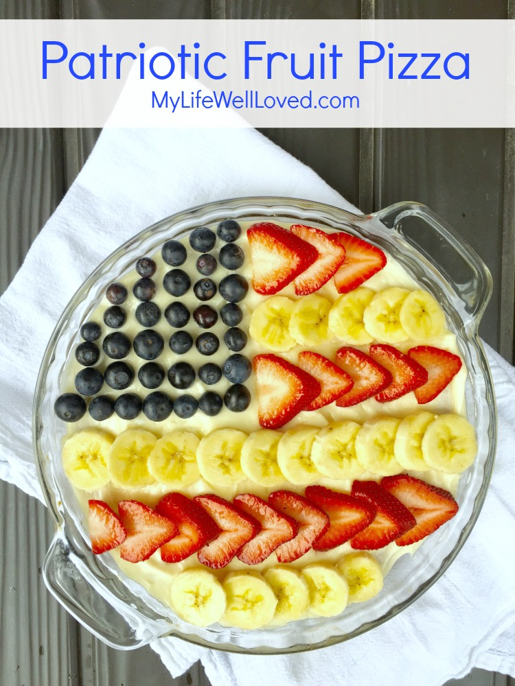 This Patriotic Fruit Pizza is delicious and a must make for any family gathering especially for Memorial Day Desserts or July 4th desserts. // Dessert Recipe // Recipes for Dessert // Summer Dessert // Fruit Pizza // Sugar Cookie Icing // Fruit Dessert- My Life Well Loved