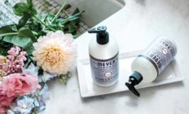 Summer Hostessing Tips for the Busy Mom + FREE Gift from Grove Collaborative