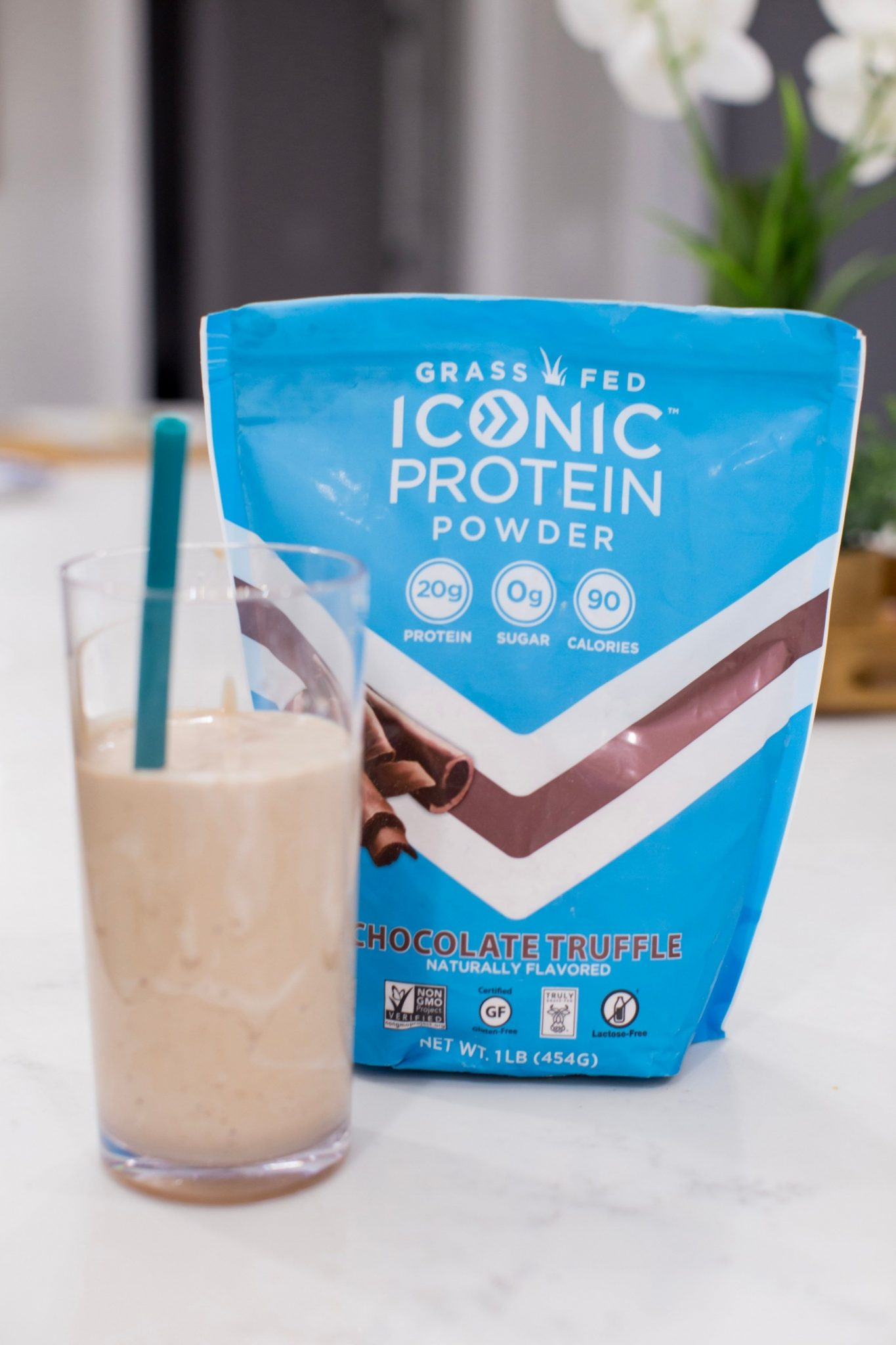 Quick Breakfast Smoothies: Coffee Protein Smoothie Recipe by top AL lifestyle blogger, My Life Well Loved.