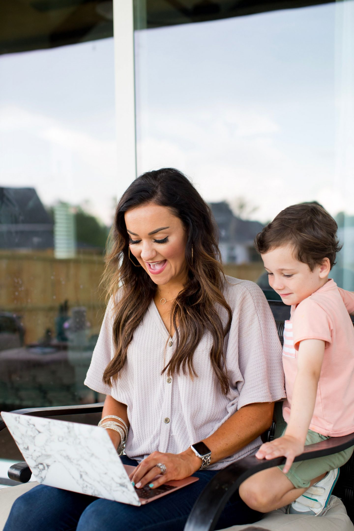 How To Set Social Media Boundaries For You And Your Kids by Alabama Family + Mommy blogger, Heather Brown // My Life Well Loved