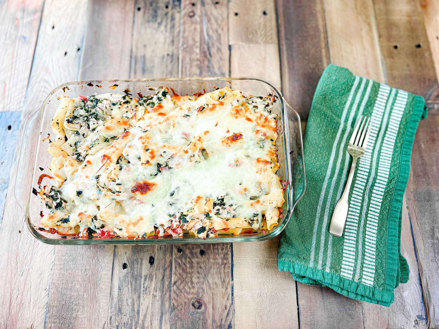 Delicious Spinach & Chicken Pasta Bake by Alabama Food + Healthy Living blogger, Heather Brown // My Life Well Loved